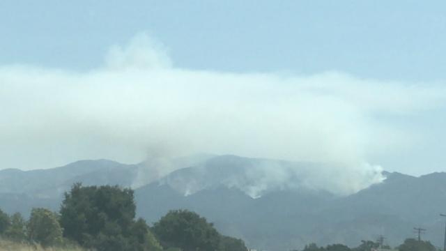 美国加州持续高温还有山火肆掠