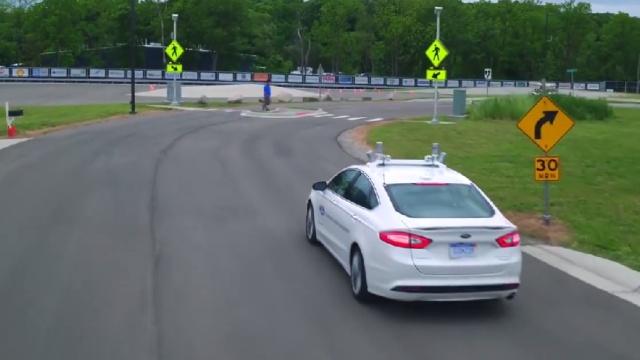 福特无人驾驶车的试驾,挑战特斯拉