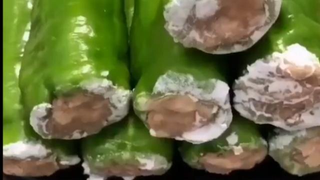 虎皮尖椒酿肉,特别美味