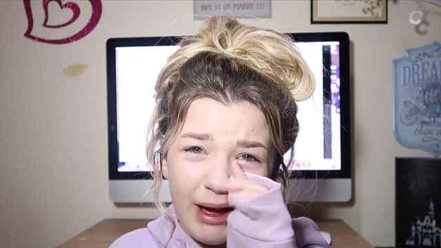 14岁女孩称遭霸凌:说我胖,要我自杀