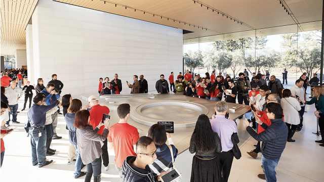 苹果飞船新总部开放,果粉忙参拜