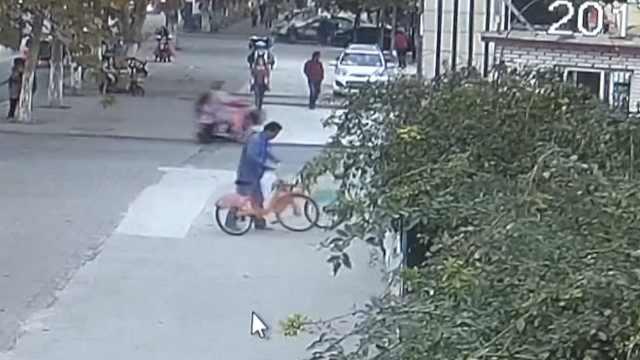 男子偷回公共自行车,放储藏室自用