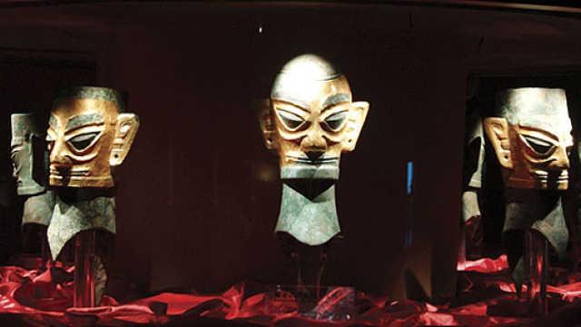 黄金青铜像揭示三星堆文明源于中亚