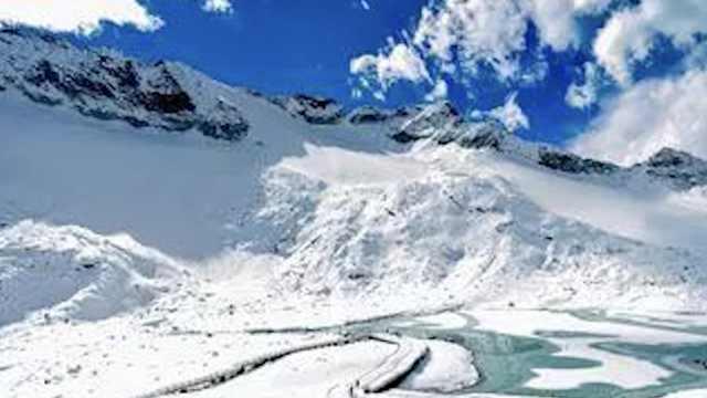 达古冰川开放10周年,网友自定票价