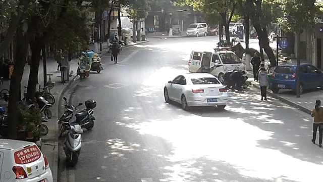 网逃骑车过警局,民警认出跟踪抓捕