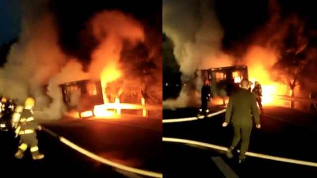 半挂车轮胎抱死摩擦起火,火势凶猛