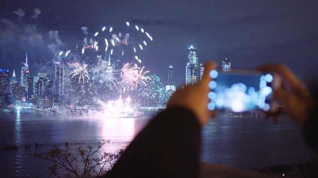 美!美国纽约中国春节主题焰火大秀