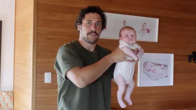 奶爸爆笑教学:宝宝是否拉粑粑了