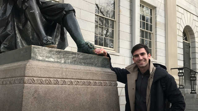 哈佛大学的学生们可以说是非常皮了
