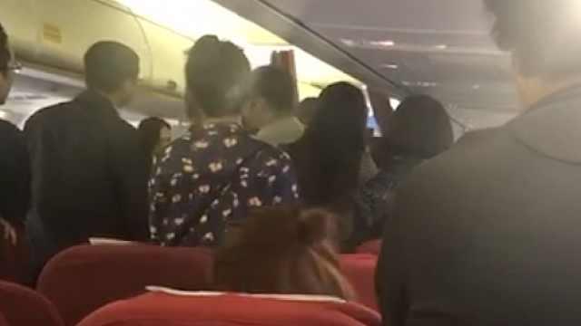 乘客昏迷飞机返航,醒来却大闹机舱