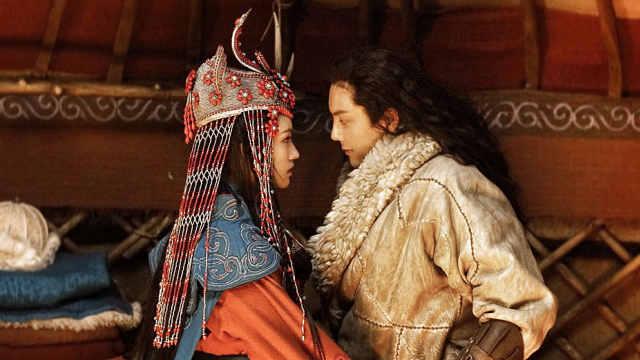 陈伟霆吐槽林允不会吻戏,给她教学