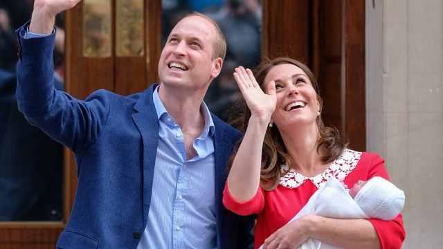 凯特王妃体能强,回顾三次产后亮相