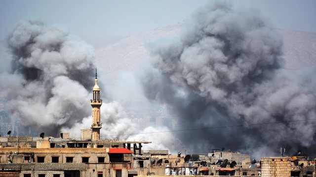 叙政府军打击大马士革以南IS基地