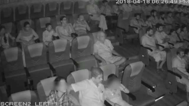 印女童影院遭富商猥亵,母亲疑默许