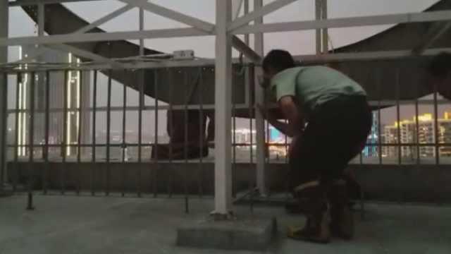 女子整容失败,翻出22楼天台……