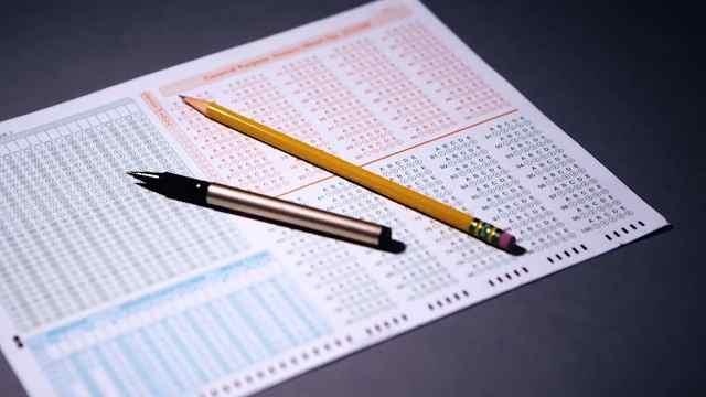 我们高考为什么一定要使用2B铅笔?
