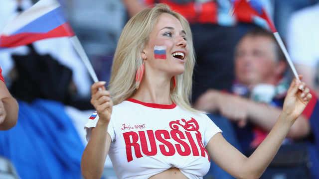 世界杯福利!俄议员提议早下班看球