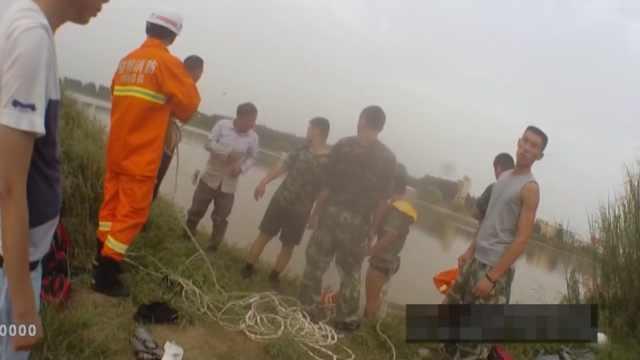 渔民救落水男子船被冲翻:只想救人