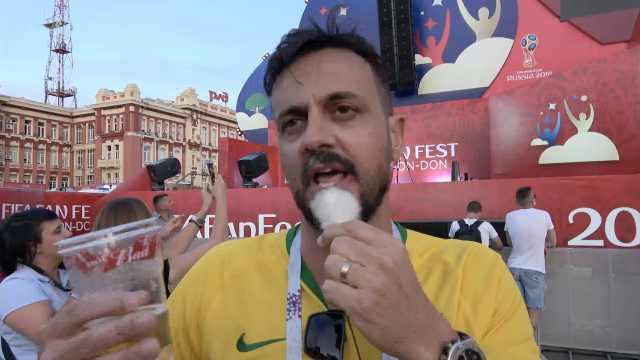 巴西球迷吐槽中超:去踢球是大滑坡