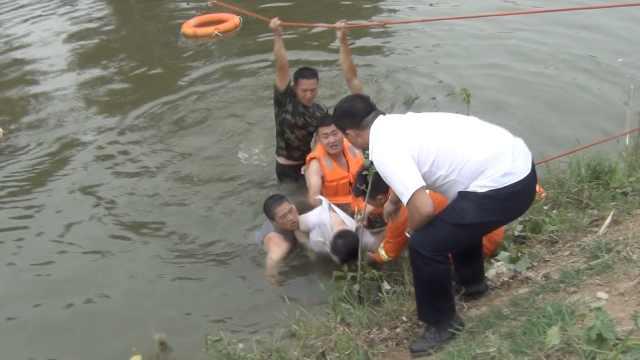 狗狗贪玩水,男子乘船去拽不幸溺亡