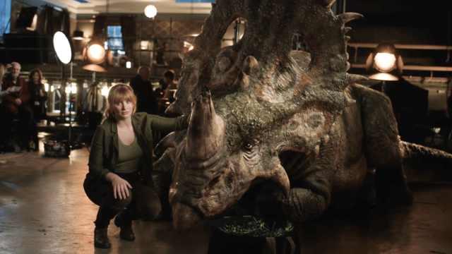 侏罗纪世界番外?女主呼吁保护犀牛