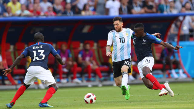 法国淘汰阿根廷,中国企业一哭一慌