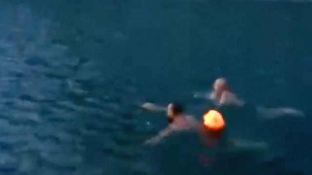 驴友在饮用水源地野泳?景区介入