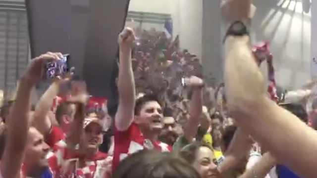 没有输家!克罗地亚球迷输球也欢庆