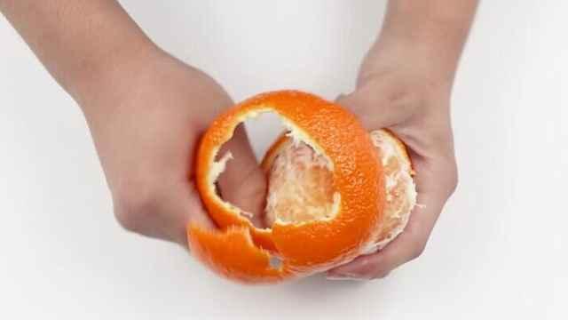 徒手快速完美剥橙子,一看就会!