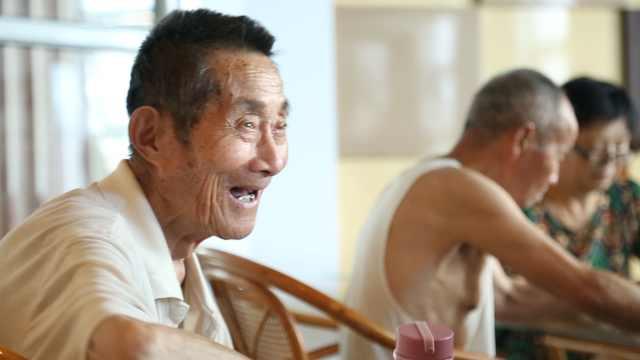 93岁老人,独居生活比年轻人还精彩