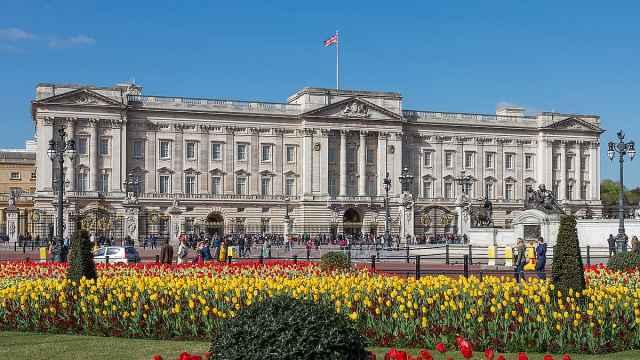 白金汉宫改造,给女王送餐路线曝光
