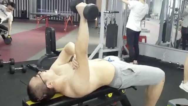 他患脂肪肝影响高考:成功减肥40斤