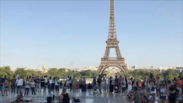 埃菲尔铁塔罢工关闭两天,赔偿游客