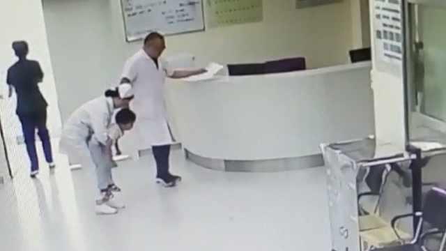 孩子险遭1颗葡萄夺命,医护生死营救