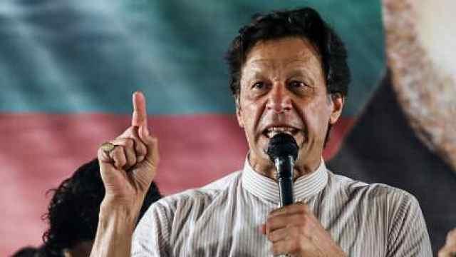 伊姆兰·汗宣誓就职:巴基斯坦总理