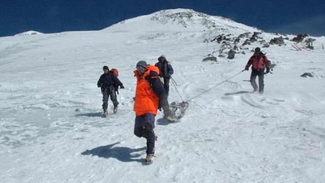 前苏联女登山者遗体,31年后被发现
