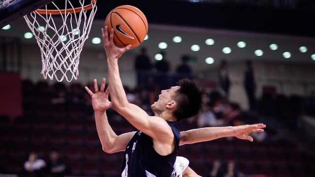 高中篮球小将:和科比击掌后不洗手