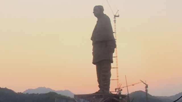 耗资299亿,造出182米世界最高雕像