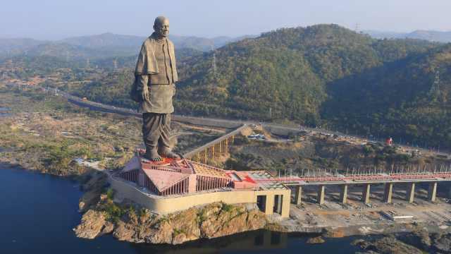 印度雕像揭幕,曾因中国制造惹争议