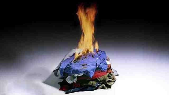 农村亲人去世后为什么要烧掉衣服?