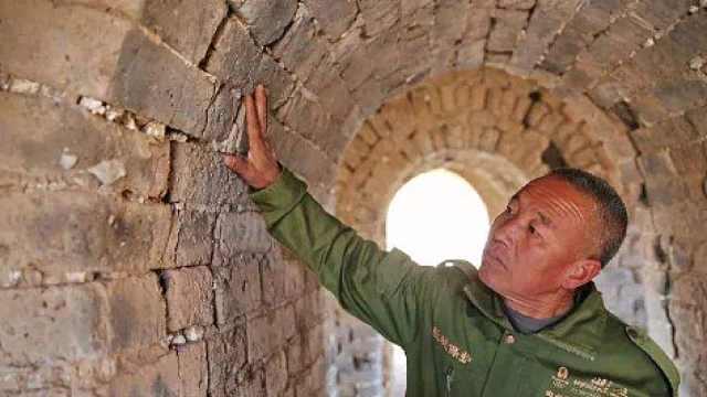 怎样保护文物古迹_长城守夜人的40年_二更-梨视频官网-Pear Video