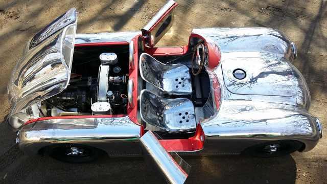 大半年产一辆,自家车库手工造跑车