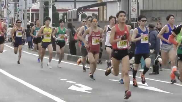扎心!中国田径队员跑不过日大学生