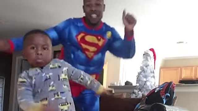 超skr!用rap教儿子唱跳洗脑字母歌