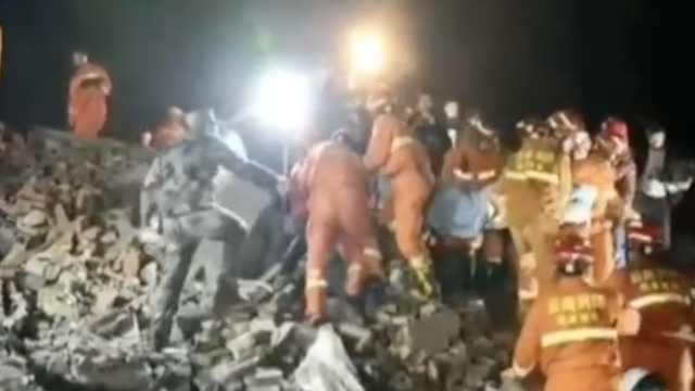 泸州滑坡追踪:12人被埋,已救出8人