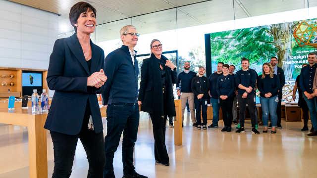 苹果零售主管离职,曾被传下任CEO