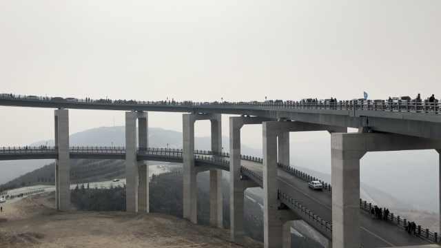 高架桥成网红,游客驾车700公里打卡
