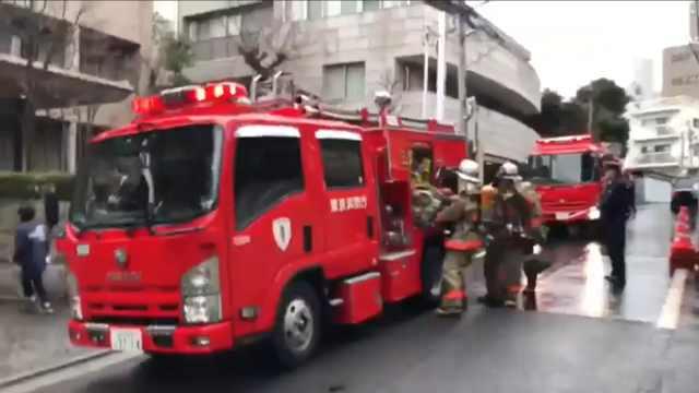 安倍邻居家冒黑烟,14辆消防车出动