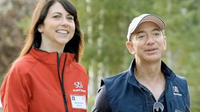 贝索斯和前妻捐20亿登18年慈善榜首