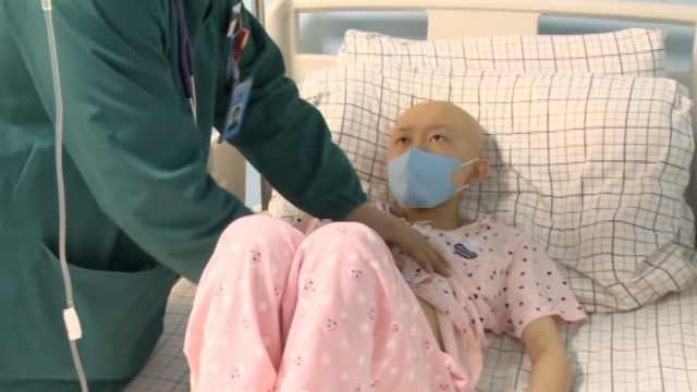 女孩患血癌想放弃,父捐髓打工筹钱